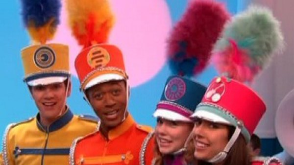 Who are the fresh beat band members hookup