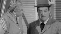 The Abbott and Costello Show - Episode 18 - Public Enemies