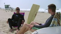 Tosh.0 - Episode 23 - Bumbling Surfer