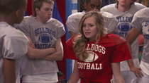 Bella and the Bulldogs - Episode 2 - Newbie QB (2)