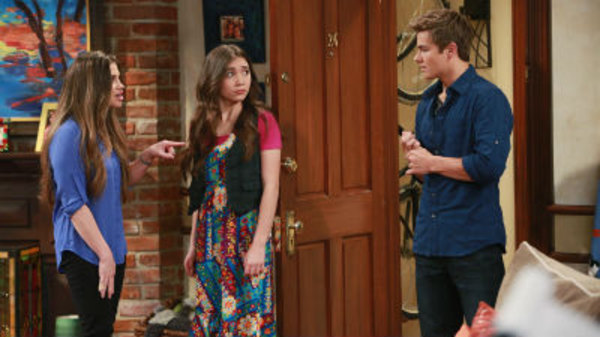 """girl meets the new world online A decade after """"boy meets world"""", cory and topanga matthews are girl meets world season 2 episode 2 – girl meets the new world girl."""