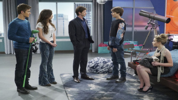 girl meets world girl meets money watch When farkle becomes worried that his family might lose their wealth, his friends try to show him that money isn't the most important thing however, a trip to farkle's house leaves everyone a little speechless - check out those shocked faces would this be your dream room watch this episode of girl.