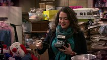 2 Broke Girls - Episode 8 - And Hoarder Culture