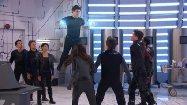 Lab Rats - S04E24 - The Vanishing (2)
