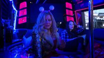 2 Broke Girls - Episode 16 - And the Pity Party Bus