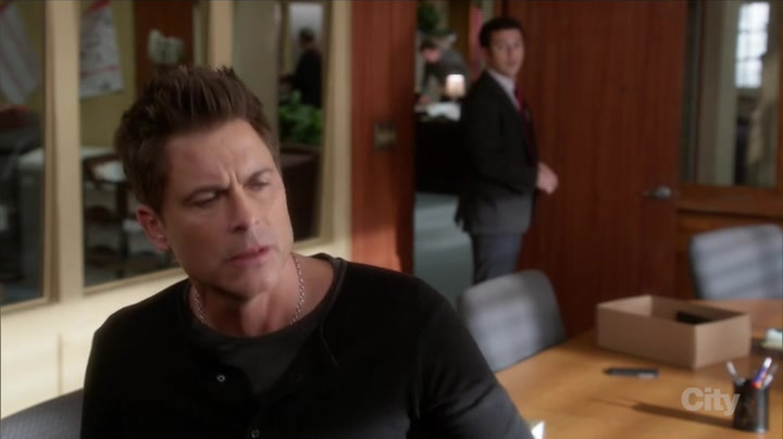 Screenshot of The Grinder Season 1 Episode 18 (S01E18)