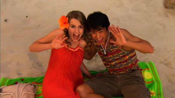 30+ Good Luck Charlie Appy Days Pictures