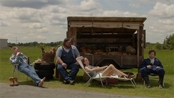 Letterkenny - S01E01 - Ain't No Reason to Get Excited
