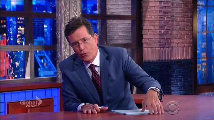 Screenshot of The Late Show with Stephen Colbert Season 1 Episode 1 (S01E01)