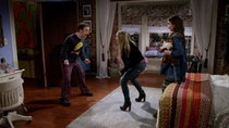 Girl Meets World - Episode 12 - Girl Meets Bear