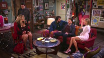 2 Broke Girls - Episode 9 - And the About Facetime