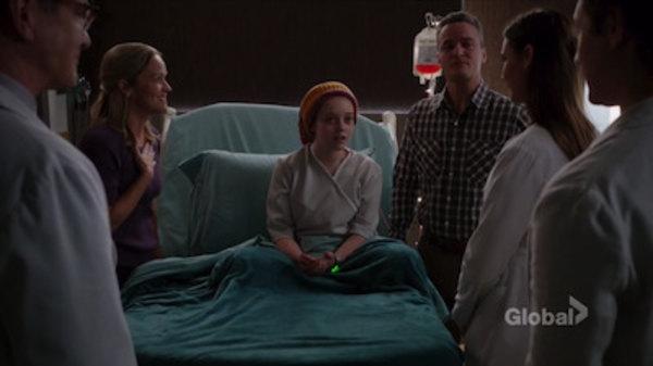 Screencaps of Pure Genius Season 1 Episode 7