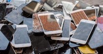 Futurism - Episode 840 - Scientists Just Created a Material for Self-Healing Smartphones