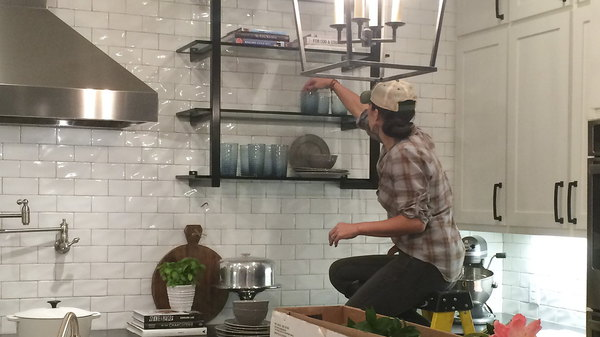 fixer upper season 3 episode 1. Black Bedroom Furniture Sets. Home Design Ideas