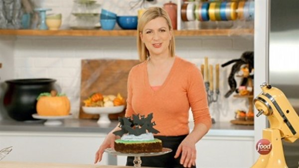 Bake With Anna Olson - S04E02 - Halloween Party Desserts