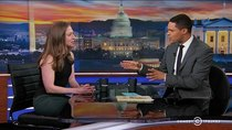 The Daily Show - Episode 89 - Chelsea Clinton