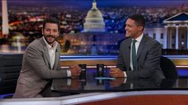 The Daily Show - Episode 25 - Diego Luna