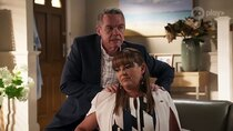 Neighbours - Episode 42 - Episode 8048