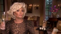 The Real Housewives of Beverly Hills - Episode 5 -  The Proof Hurts