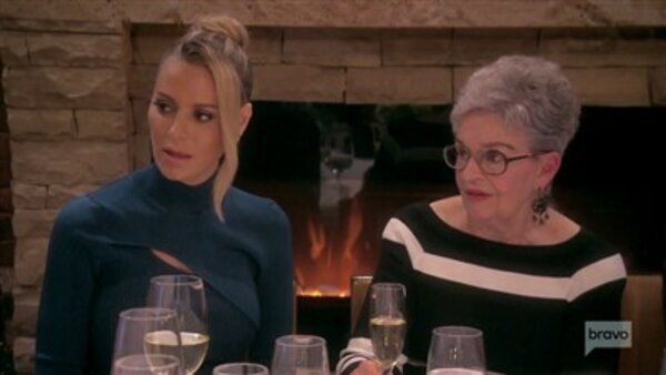 The Real Housewives of Beverly Hills - S09E11 - Do You Really Want to Hurt Me?