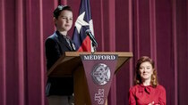 Young Sheldon - Episode 19 - A Political Campaign and a Candy Land Cheater