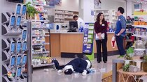 Superstore - Episode 19 - Scanners