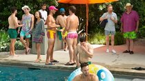 Modern Family - Episode 4 - Pool Party