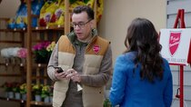 Superstore - Episode 8 - Toy Drive