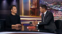 The Daily Show - Episode 53 - Charles Yu