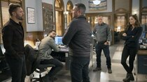 Chicago Fire - Episode 15 - Off the Grid (1)