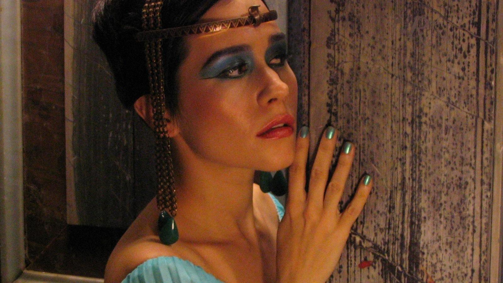 essay on cleopatras life