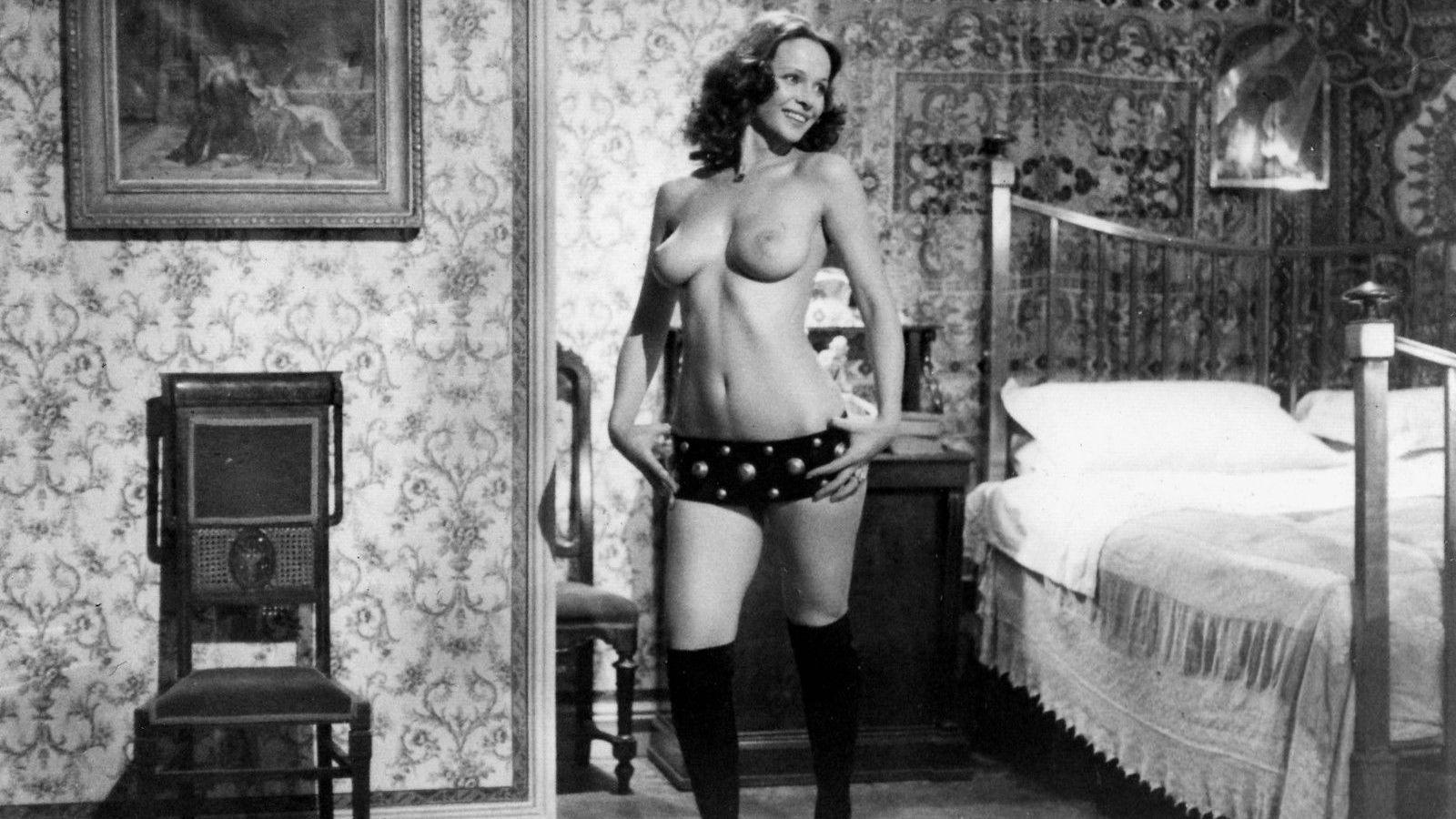 итальянские эротические фильмы смотреть онлайн в хорошем качестве