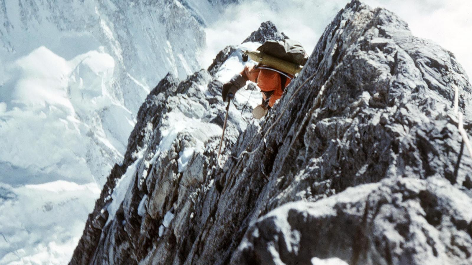 Гора Эверест Джомолунгма  все что вам нужно знать