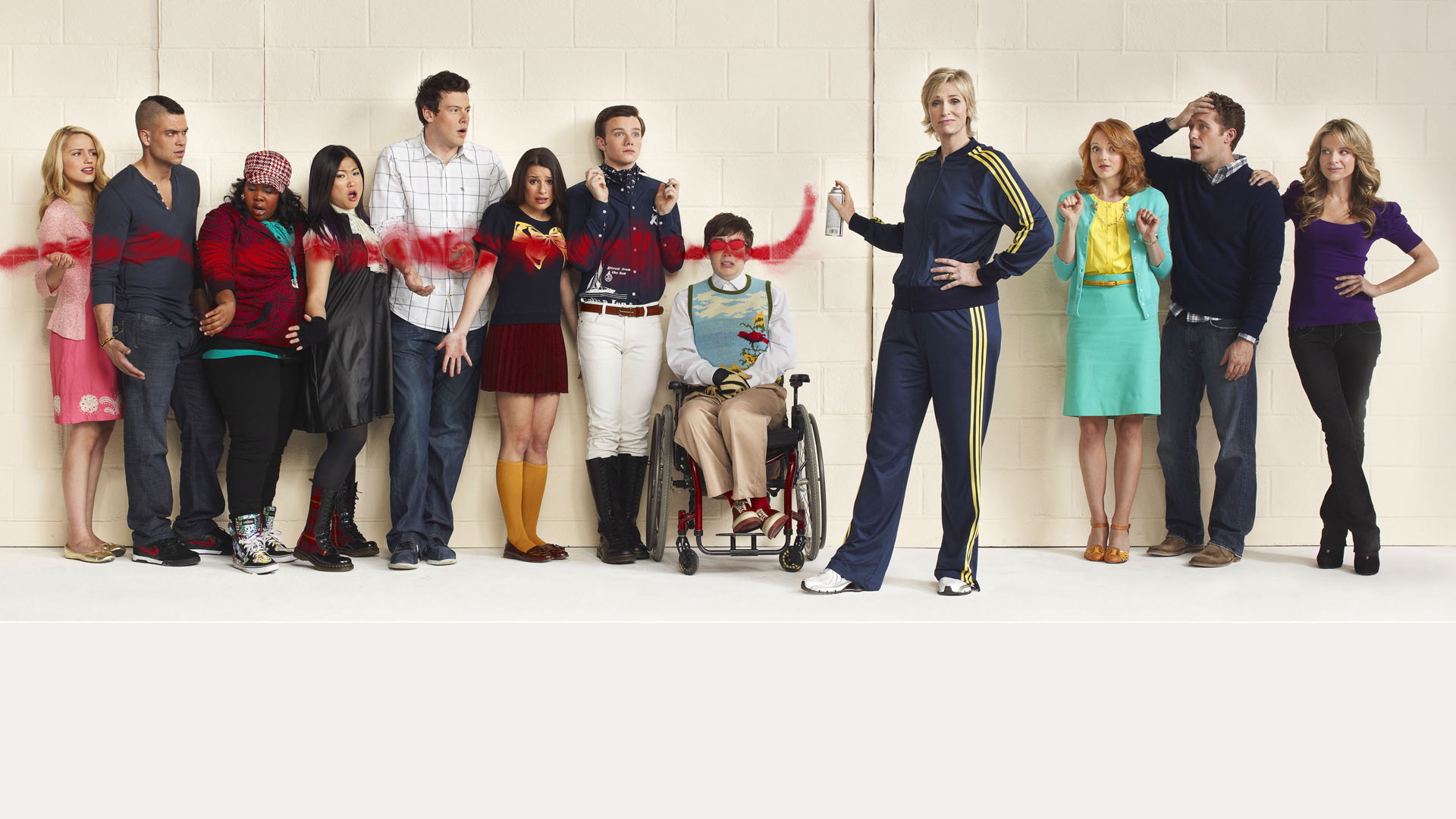 glee Glee the music, vol 1 in essence is a compilation of cover songs that were featured on several key moments of the 1st episodes of glee season one.