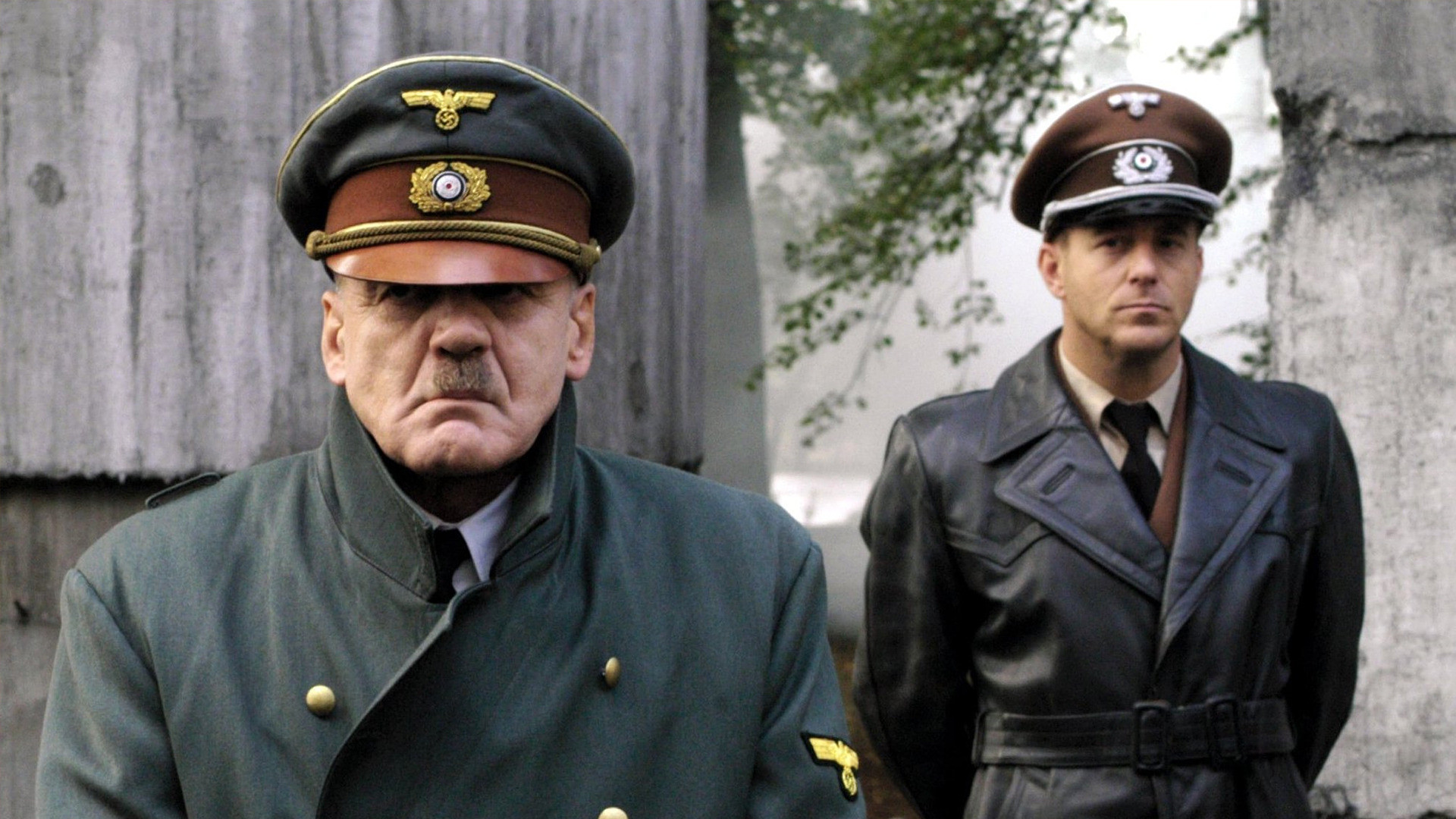 an analysis of the downfall of hitler a german dictator from world war two Economic and political causes of world war two appeasement: allies give in to hitler when germany violates the treaty of versailles by creating a union between austria and germany in march 1938, the western nations appeased hitler by not enforcing the treaty.