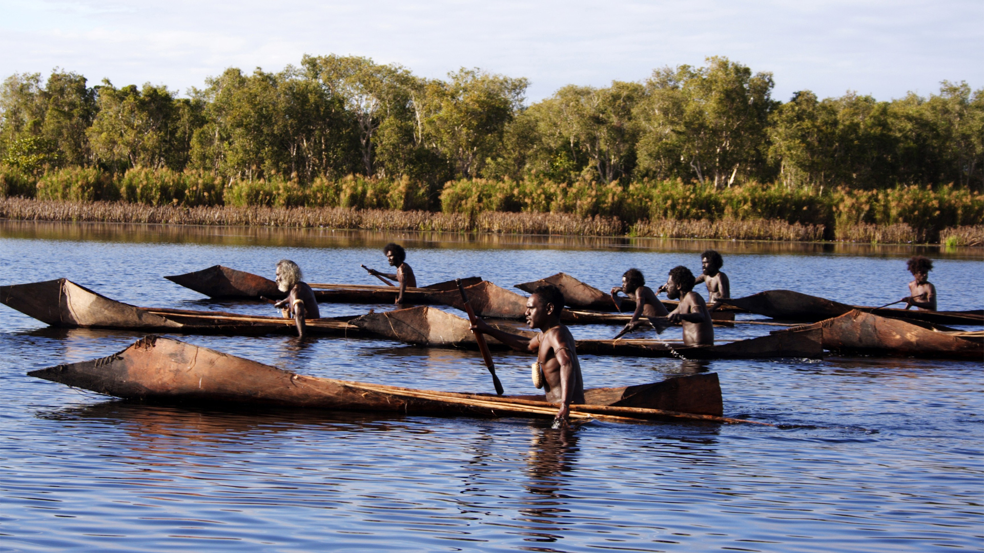 ten canoes and belonging
