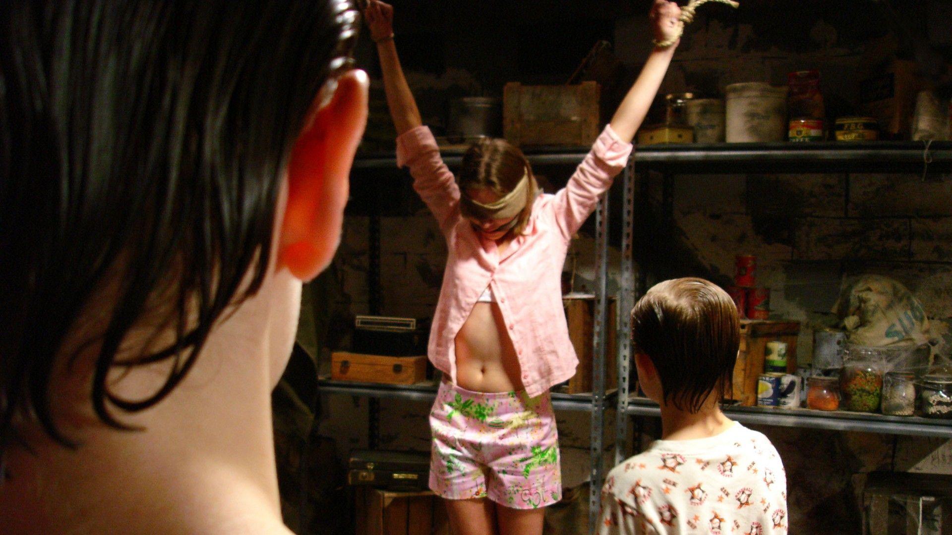 Girl next door movie true story, naked girls having a shower