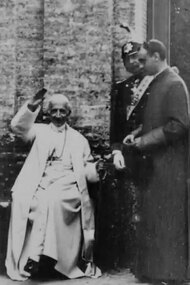 Pope Leo XIII Leaving Carriage and Being Ushered Into Garden, No. 104